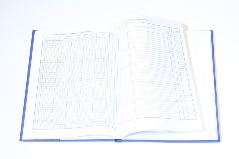 Dziennik Lekcyjny Z Wszytymi Dodatkowymi Stronami W