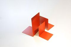 Podpórka do książek - 24cm, czerwona